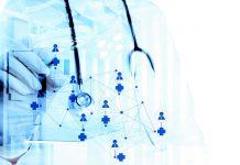 En 2025, médecin qui filtre tous ses patients susceptibles d'avoir une crise cardiaque dans les 10 ans…