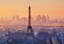 ♪Il est cinq heures, l'Ile de France... s'éveille!♫