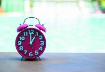 Comment comptabiliser les heures de télétravail à la piscine du club vacances ?