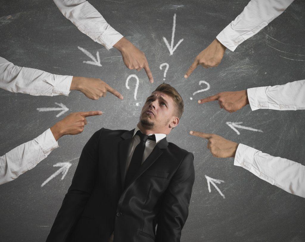 """""""Quelle est ton idée ? Quel est ton business model ? Qui sont tes concurrents ? Parle !!"""""""
