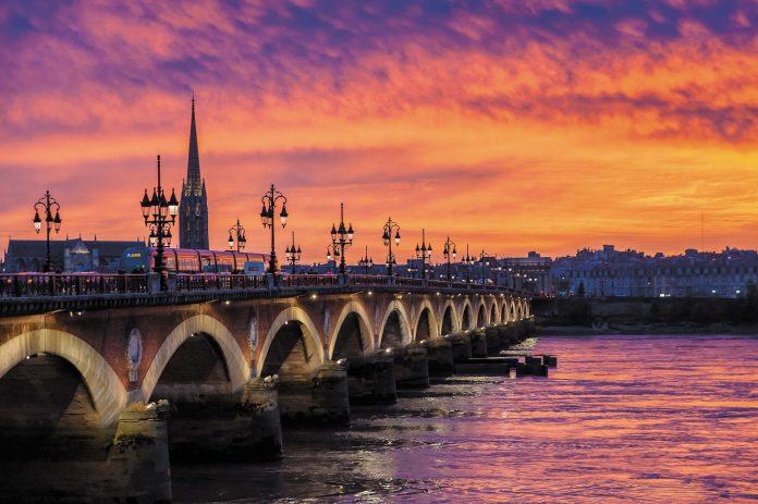 Une capitale régionale à nouveau illuminée sur les bords de la Garonne