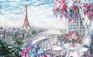 La vue sur la tour Eiffel, aussi incontournable que la salle de bains...