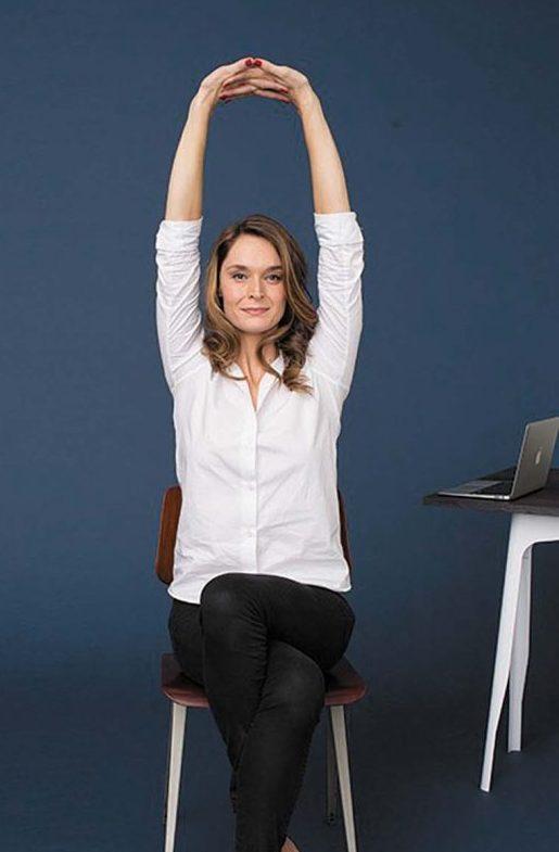 Le yoga au boulot, facile comme bonjour...
