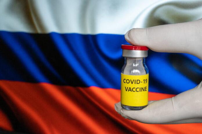 Sur les vaccins, l'Europe accuse Moscou et Pékin de désinformation