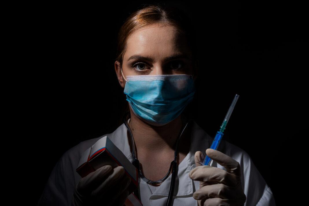 Celles et ceux que l'on assigne comme «antivax» se retrouvent de plus en plus stigmatisé·es.
