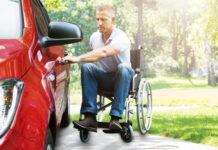Des voitures aménagées pour personnes handicapées